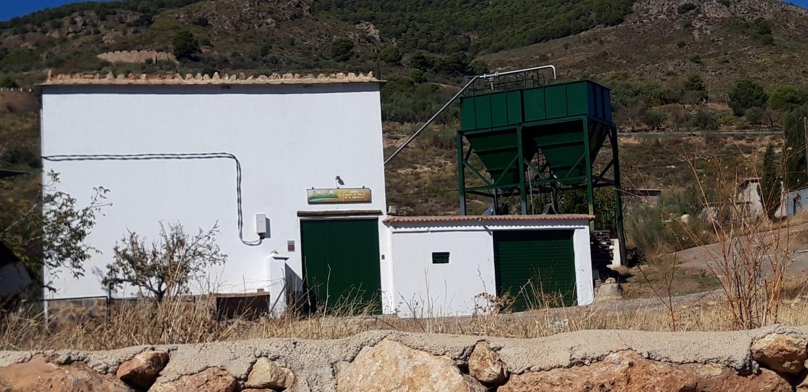 Exterior alpuoliva Almegíjar